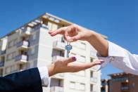 Как быстро продать квартиру в кризис